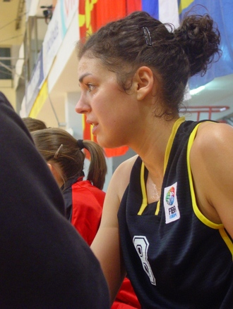 Sofie Hendrickx en piste avec l'équipe nationale (photo: S. Kovaleni)