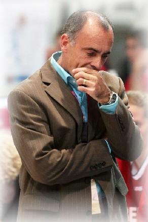 Laurent Buffard, soucieux, pas sur la défaite sur la manière en 2e mi-temps (photo:Ann Dee)