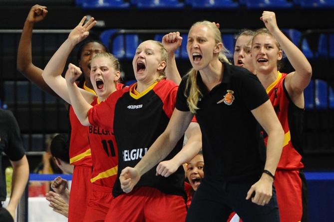 Ann Wauters s'est prise au jeu à Moscou (FIBA.com)