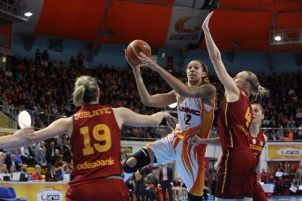 Ann Wauters force une 3e manche (photo: FIBA/Petukhov Andrey)