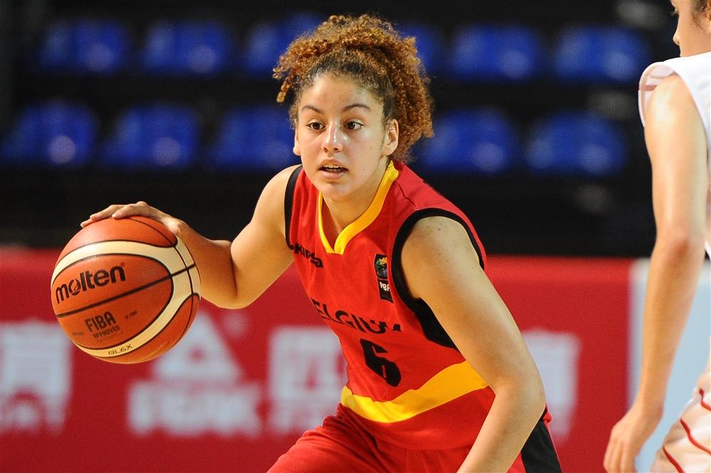 Sofia Ouahabi dans un nouveau rôle (photo: FIBA.com)