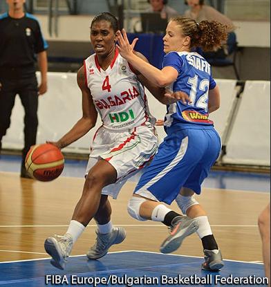 Elle joue pour l'équipe nationale bulgare